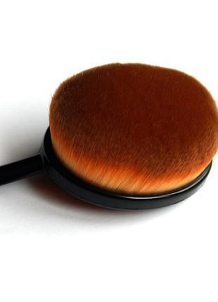 Кисть щётка для макияжа oval большая2