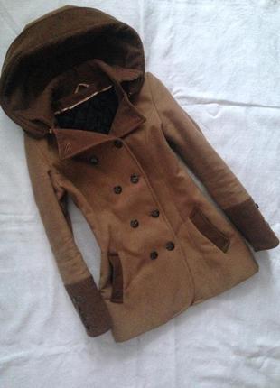 Демісезонне тепле пальто