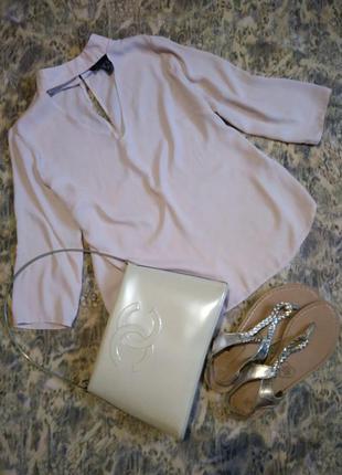 Блуза с чокером пудра