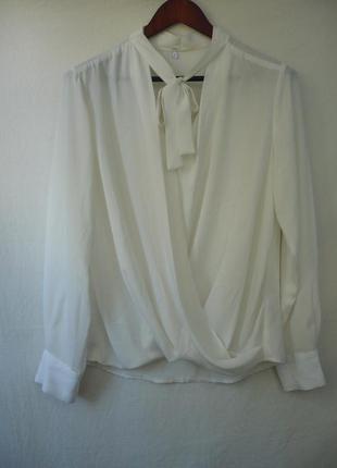 Блуза шифоновая на запах, белая, классика