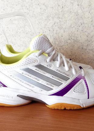 Кроссовки adidas оригинал новые сток
