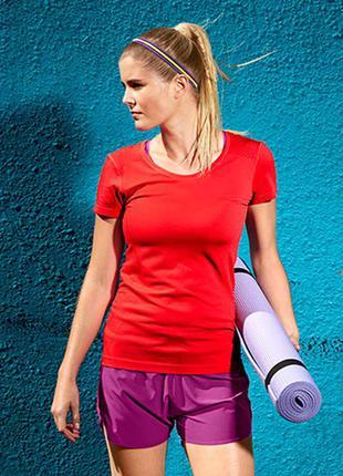 Фирменная спортивная футболка германия