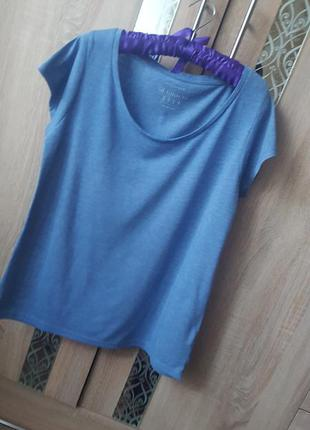 Базовая футболка небесно голубого цвета