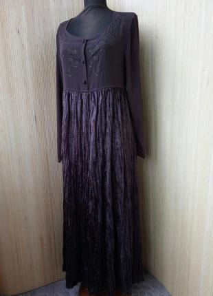 Трендовое длинное платье  фактурный велюр
