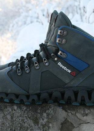 Зимние ботинки-кроссовки reebok zigtrail mobilize mid