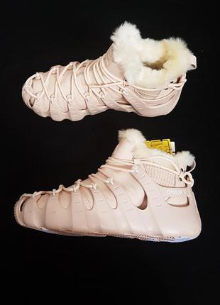 Зимние кожаные теплые onemix утепленные кроссовки 39-40 стелька 25см