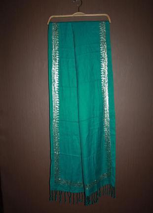 Роскошный шарф палантин с металлическими блестками