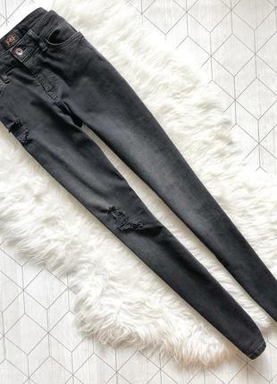 F&f s размер бойфренды черные серые джинсы с подертостями узкие зауженные
