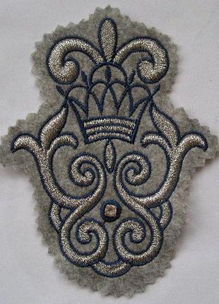 Нашивка на одежду корона