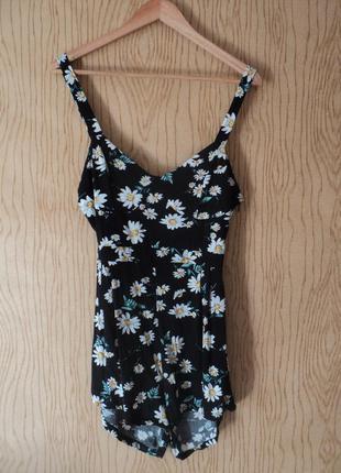 Платье комбинезон ромпер цветочный принт открытой спиной цветы цветочек ромашки черный