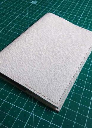Обложка на паспорт из натуральной кожи ручной работы, handmade.