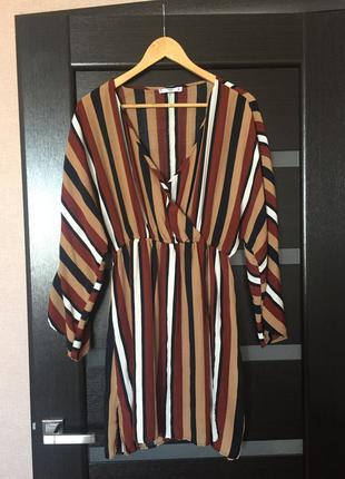 Красивое платье от mango,вискоза 100%