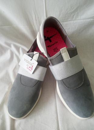 Кроссовки кожаные.германия.,,tamaris,,размер 42