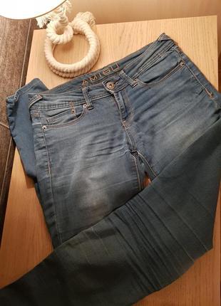 Синие джинсы amisu