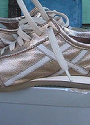 Отличные туфли кроссовки кожаные 38р geox