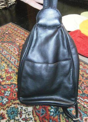 Крутой кожаный рюкзак