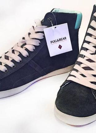 Высокие кроссовки от pull&bear