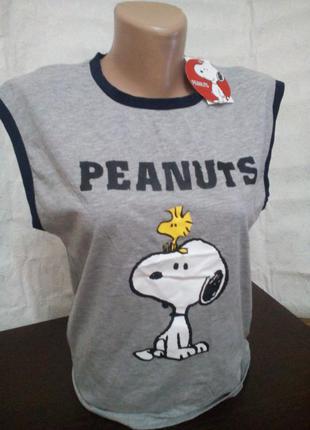 Стильная серая меланжевая футболочка с принтом пёсика арахиса peanuts