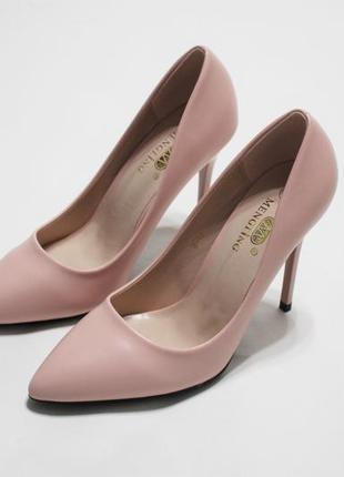 Женские туфли-лодочки в пудровом цвете на каблуке 10,5 см
