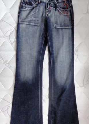 Красивые, стильные джинсы !