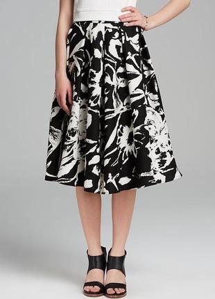 Пышная юбка- солнце, клёш, миди , чёрно-белый белая с цветочным принтом/хлопок
