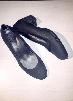 Нубукові туфлі ecco shape 35