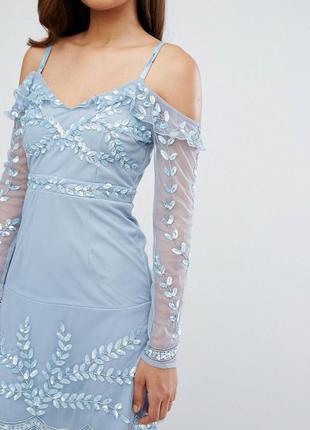 Maya tall голубое декорированное платье бисер и пайетки