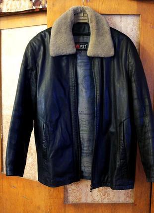 Натуральная кожаная курточка с подстёжкой зима, весна, состояние нлвой! l, xl