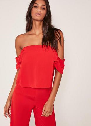 Шикарная лёгкая крассная блуза с открытыми плечиками