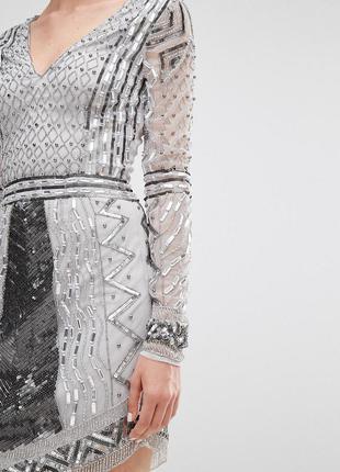 Maya tall серо-серебристое блестящее декорированное платье