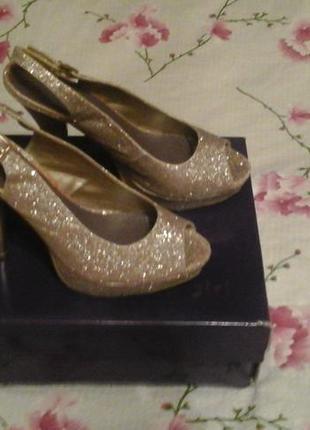 Шикарні туфельки на високому каблуці steve madden / madden girl / розмір 37,5