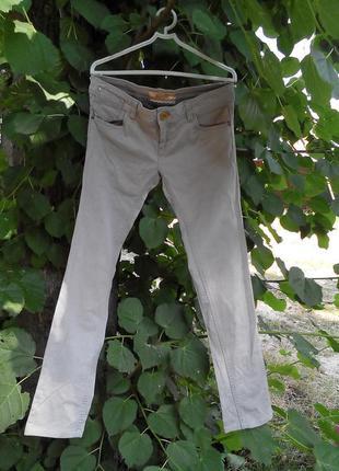 Серые джинсы от pull and bear