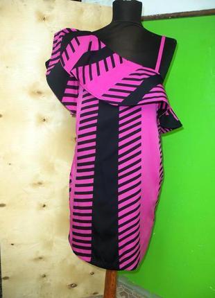 Коктейльное платье с баской на одно плечо геометрический принт twist s tango