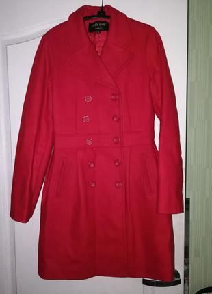 Пальто итальянского бренда