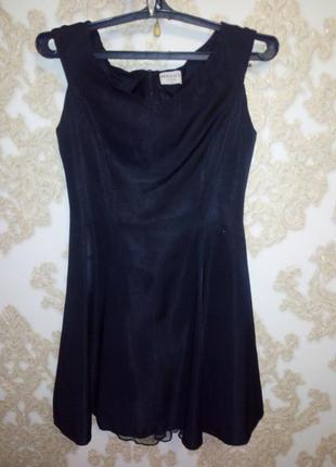 Маленькое черное платье max&co