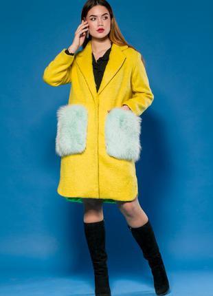 Шикарное пальто! яркий хит весна 2018 италия шерсть карманы цельный финский песец! размеры