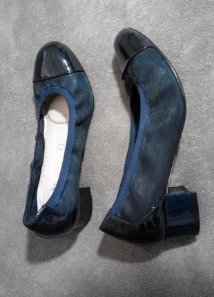 Туфли натуральная кожа на небольшом каблуке