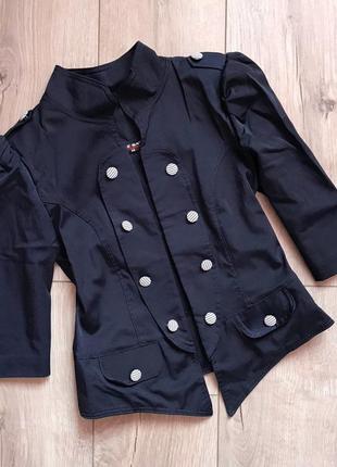 Пиджак в стиле «милитари»
