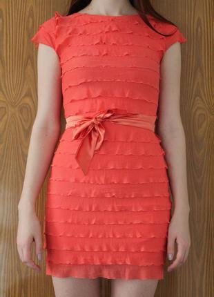 Яркое платье с рюшами, xs-s