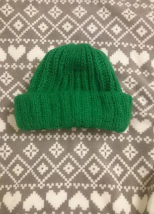 Зимняя вязаная шапка handmade