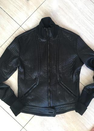Versace оригинал италия чёрная винтаж куртка бомбер косуха под кожу кожанку байкерская рок