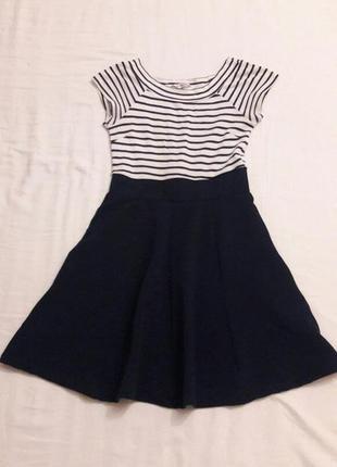 Милое платье для девочки gloria jeans