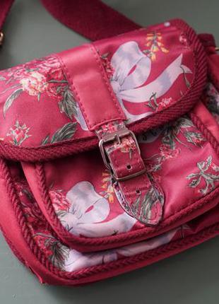 Поясная сумка moschino