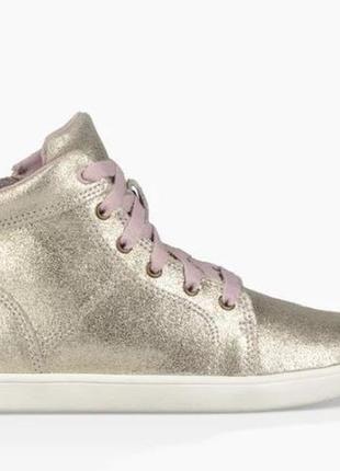 Ботинки для девочек ugg
