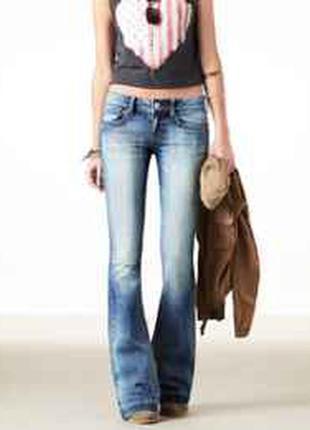 Клешеные джинсы american eagle