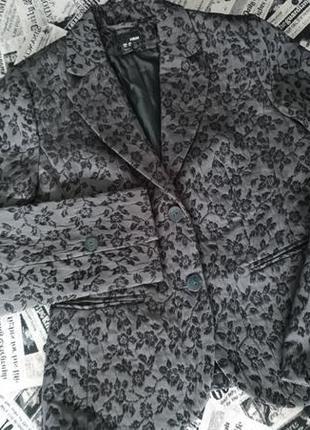 Шикарный пиджак h&m