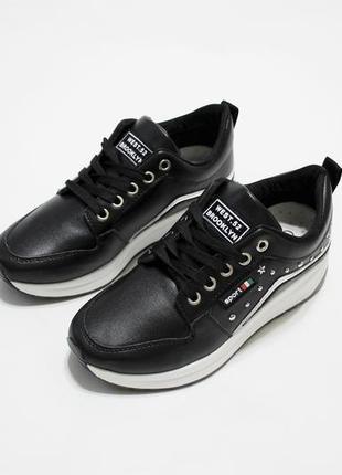 Стильные женские черные кроссовки (кеды) из эко-кожи