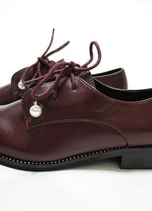 Женские туфли на шнуровках в бордовом цвете. материал - эко-кожа.2 фото