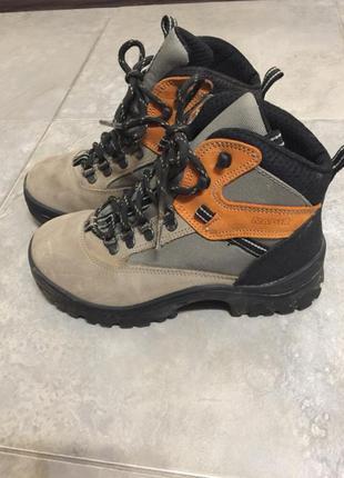 Женские лыжные туристические ботинки 36