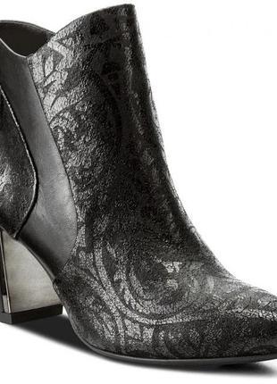 Ботинки caprice германия, оригинал. натуральная кожа. 36, 39